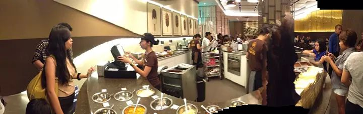 4th of July: Magnum Manila Cafe